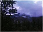 山间雨雾-阿里郎