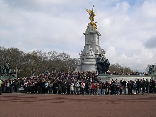有幸看到白金汉宫的换岗仪式