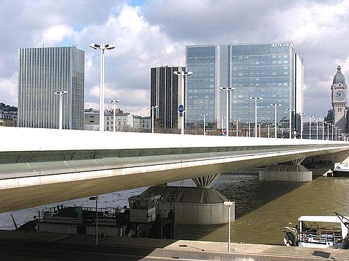 法国巴黎查尔斯戴高乐桥