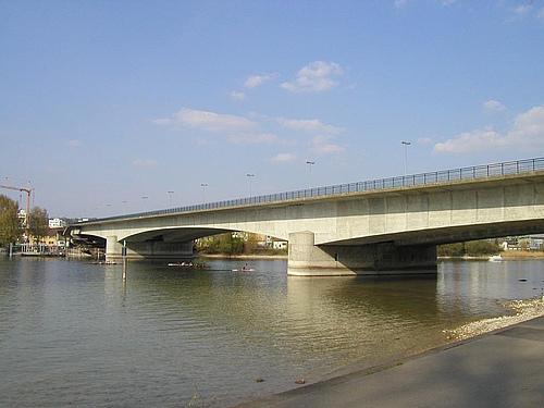 德国巴登符腾堡康斯坦茨莱茵湖新莱茵大桥