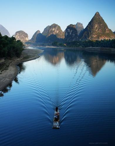 令人窒息的美丽:桂林山水甲天下之漓江