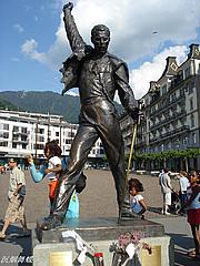 佛列德雕像