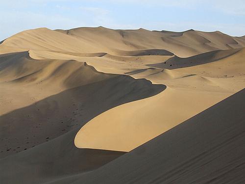 行走西部<六>---摄人心魄的千年黄沙