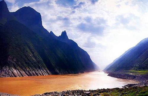 长江三峡原貌——珍贵的照片【转贴】