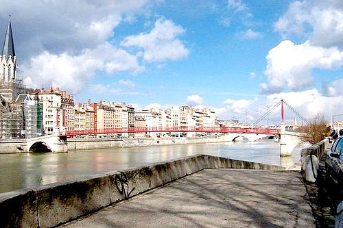 法国里昂索恩河设计师保罗人行桥