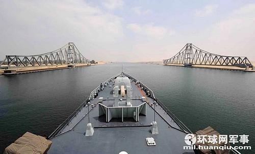 埃及伊斯梅利亚苏伊士运河法尔达内铁路大桥
