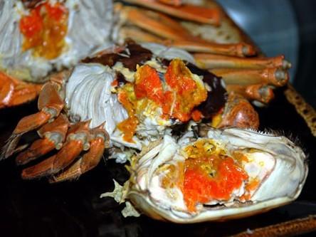 十一国庆节吃太湖大闸蟹采摘桔子石榴野钓还是苏州西山阿平农家乐好