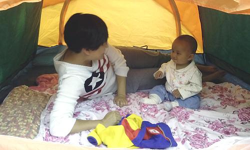 带西瓜囡囡搭帐篷去了2014-4-27