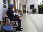 西瓜囡囡在外祖母家2014-5-15